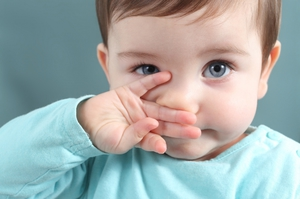 Препарат Авамис противопоказан детям младше двух лет