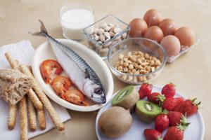 Исключите аллергены из пищи во время лактации